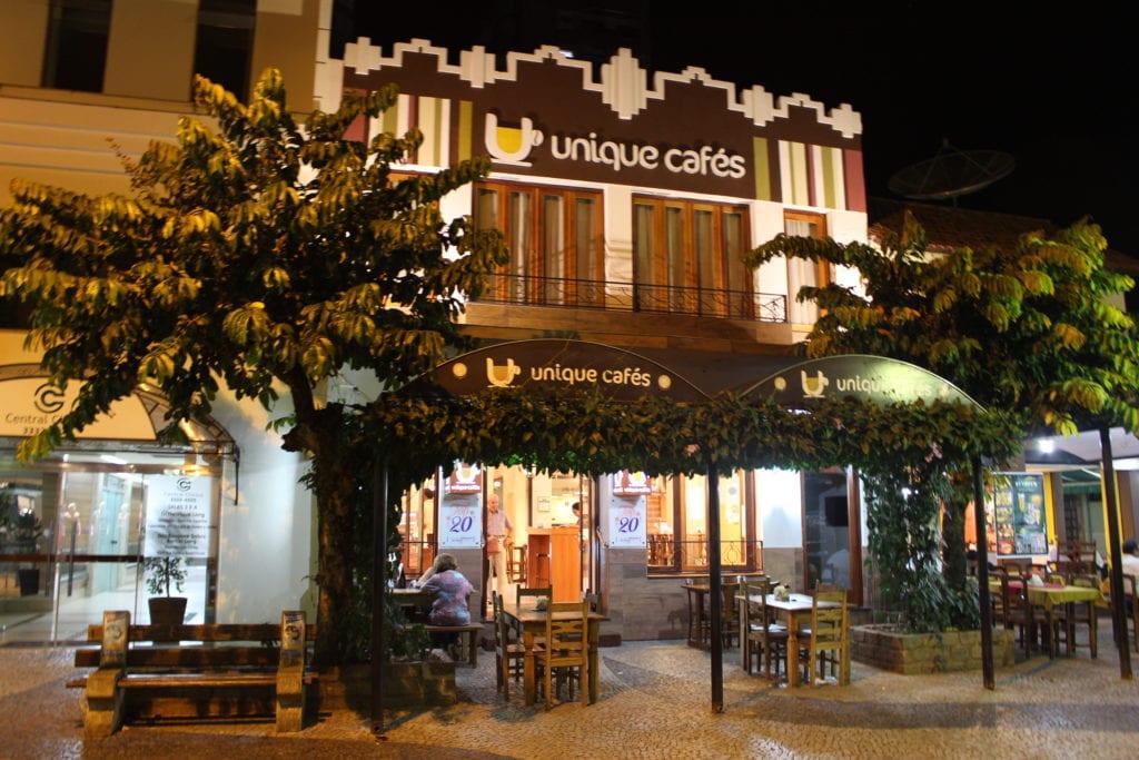 Cafeteria Unique, no calçadão de São Lourenço