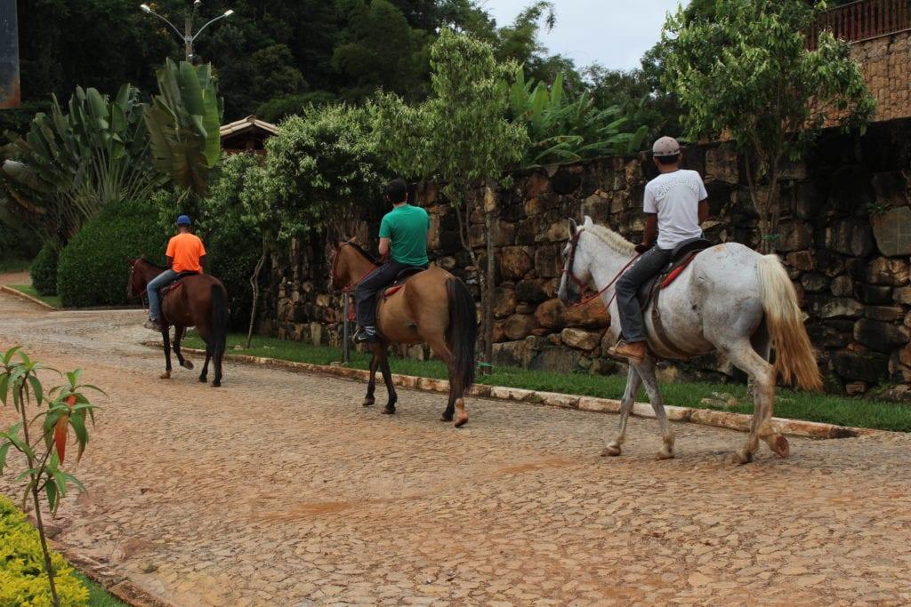 santana dos montes - passios a cavalo