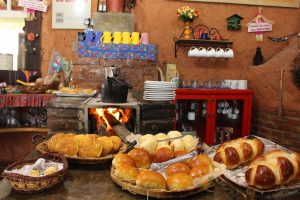 Cafeteria Grão da Terra, na beira da BR 381 | Foto: Marden Couto / Turismo de Minas