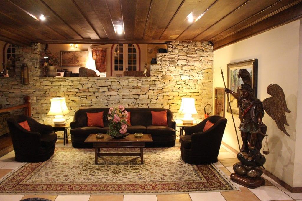 Um dos inúmeros hotéis de Ouro Preto | Foto: Marden Couto