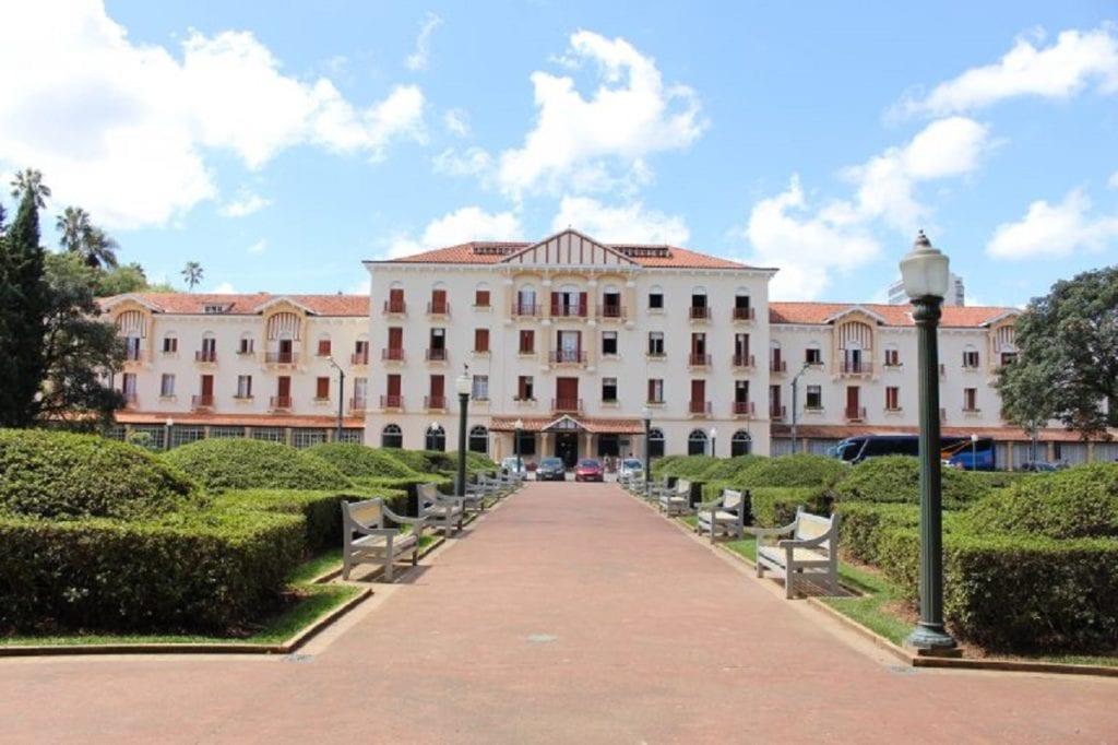 Vista para o Palace Hotel, em Poços de Caldas | Foto: Marden Couto