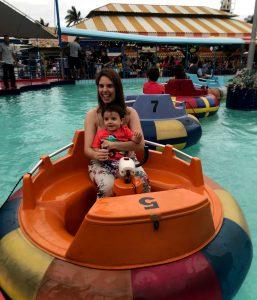 bumper boat parque guanabara - credito Marden Couto - Turismo de Minas
