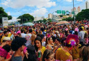 bloco de rua no carnaval de Belo Horizonte - credito marden couto - turismo de minas