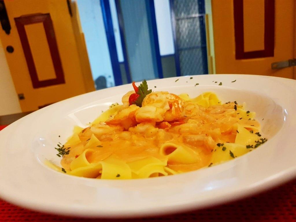 A cidade possui boas opções de restaurantes | Foto: Marden Couto