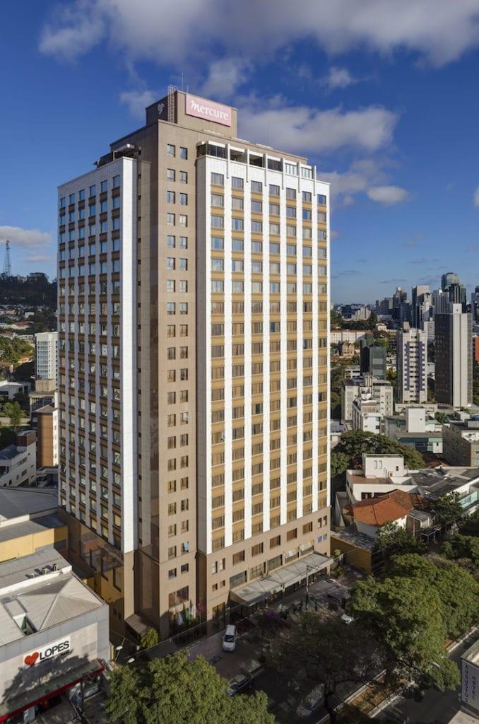 Mercure BH Lourdes, é o maior hotel da rede Accor, na América Latina, com 384 apartamentos | Foto: Divulgação Mecure BH Lourdes
