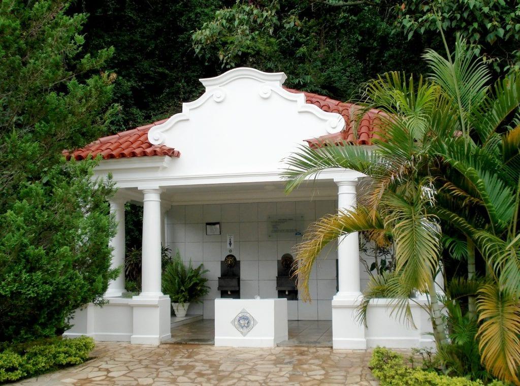 Uma das nove fontes do Parque das Águas, em São Lourenço | Foto: MardenCouto/TurismodeMinas